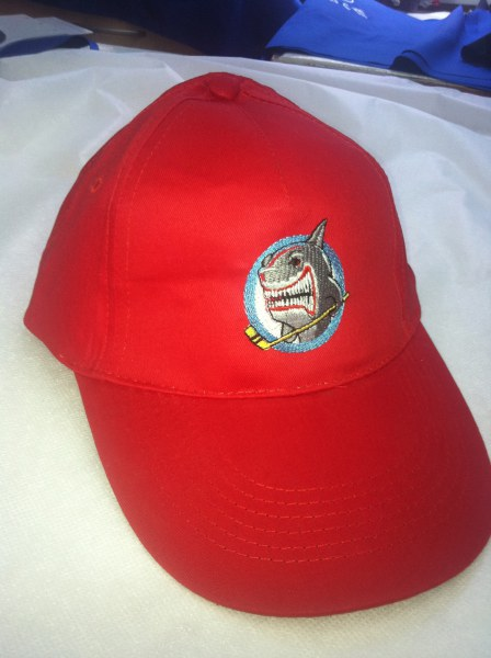 Вышивка на бейсболках красноярск
